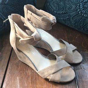 JESSICA SIMPSON Camille Suede Wedge Sandals SZ 8M